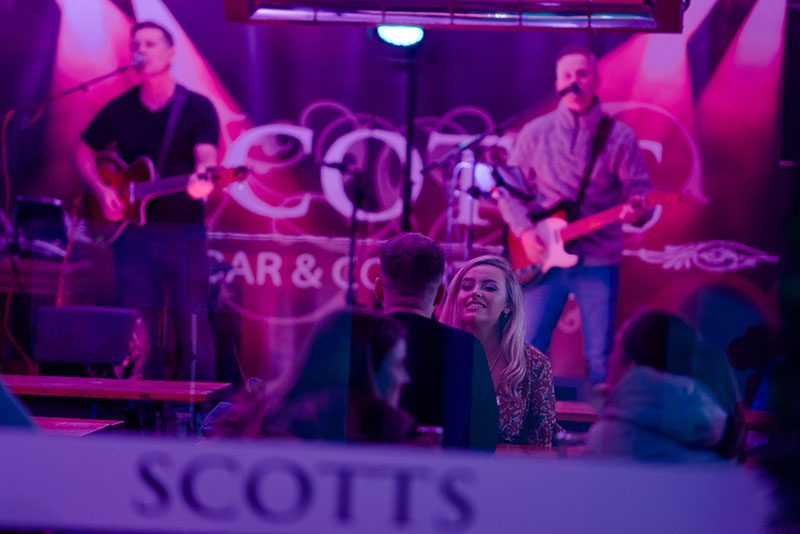 For big band sounds, Scotts Horseshoe Bar and Courtyard is where it's at.